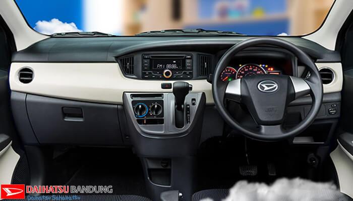 Interior Daihatsu Sigra Dashboard