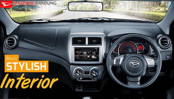 Interior Daihatsu Ayla Dashboard