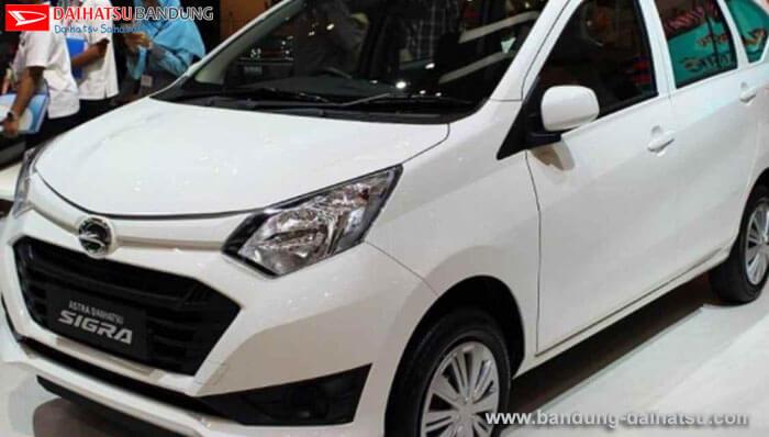 Perbandingan Honda Mobilio Bekas dan Daihatsu Sigra Baru
